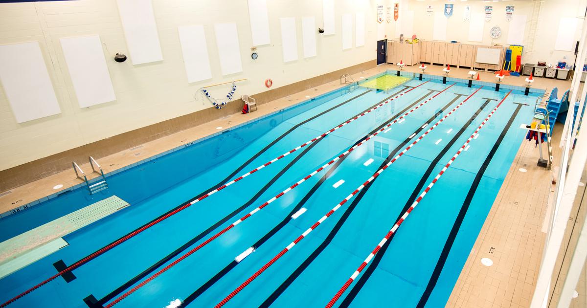 Piscines int rieures ville de l vis for Reglementation piscine municipale